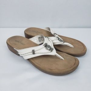 Minnetonka Sandals Silverthorne Thong Pewter #A